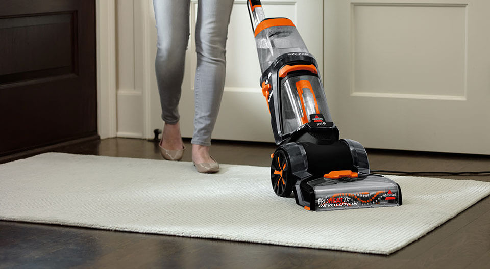 How to Easily Clean Carpets in Your Home