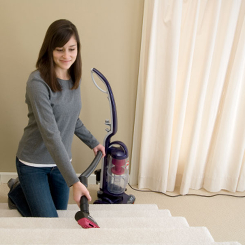 Powerswift Compact Lightweight Vacuum 13H8 stairs