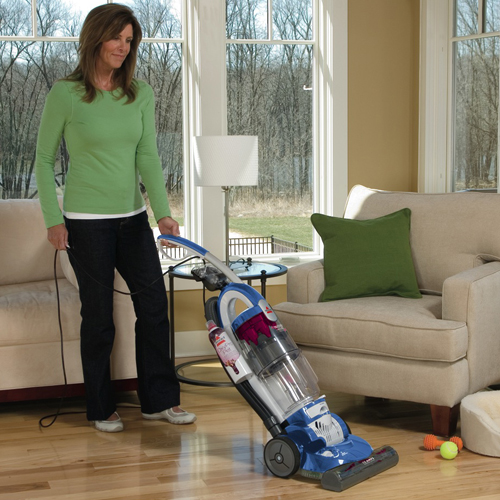 Trilogy Bagless Pet Vacuum 81m91 bare floor
